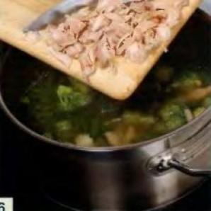 Зеленый суп с яичным суфле - фото шаг 6