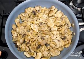 Грудка с грибами - фото шаг 2