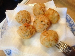 Куриные шарики в рисовой панировке - фото шаг 7