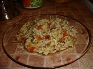 Рис с тушенкой в мультиварке - фото шаг 4