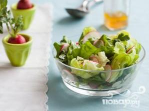Весенний салат с редисом и петрушкой - фото шаг 4