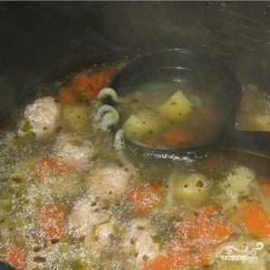 Суп вермишелевый с фрикадельками - фото шаг 4