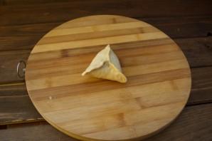 Дрожжевые пирожки с капустой - фото шаг 7