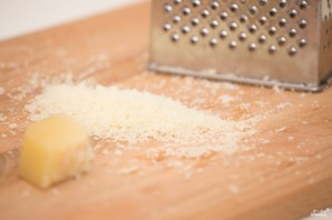 Спагетти с чернилами каракатицы и морепродуктами - фото шаг 7