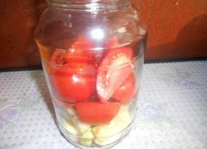 Салат из помидоров на зиму без стерилизации - фото шаг 4