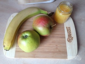 Яблоки, запеченные с джемом и бананом - фото шаг 1