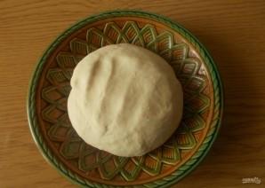 Дрожжевое тесто на кефире для пиццы - фото шаг 4
