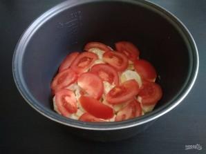 Картофель с помидорами слоями в мультиварке - фото шаг 3