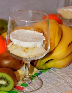 Десерт со взбитыми сливками и фруктами - фото шаг 3
