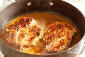Стейк из свинины с апельсиново-горчичным соусом - фото шаг 5