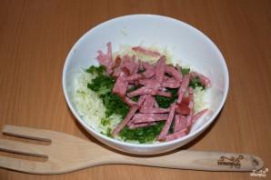 Салат с салями и сухариками - фото шаг 3