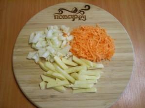 Рыбный суп с вермишелью - фото шаг 2