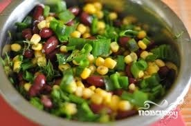 Салат с фасолью и кукурузой - фото шаг 4