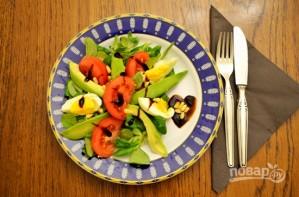 Салат с авокадо и помидорами - фото шаг 6