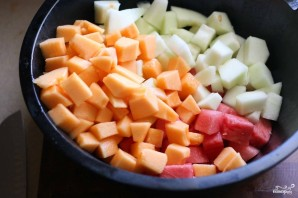 Салат из дыни и арбуза - фото шаг 10