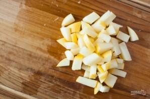 Салат из сельдерея корневого - фото шаг 2
