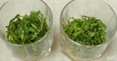 Салат со щавелем и яйцом - фото шаг 1