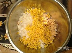 Салат из курицы и грибов - фото шаг 5