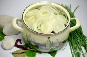 Салат из огурцов и лука на зиму - фото шаг 4