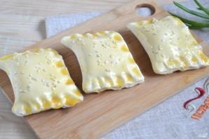 Слойки с сыром из готового слоеного теста - фото шаг 5