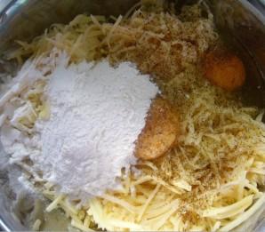 Картофельная запеканка с сосисками - фото шаг 2
