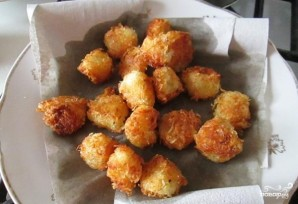 Картофельные шарики на сковороде - фото шаг 4