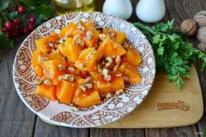 Салат из помидоров и грецких орехов - фото шаг 5