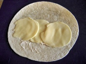 Лаваш с ветчиной и сыром - фото шаг 2