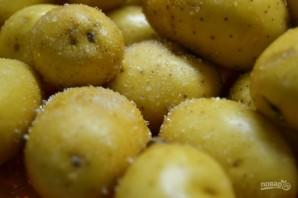 Картофель в духовке целиком - фото шаг 2