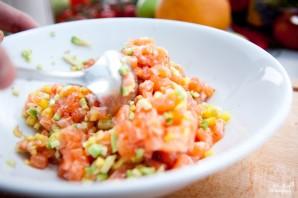 Тартар из лосося с авокадо - фото шаг 10