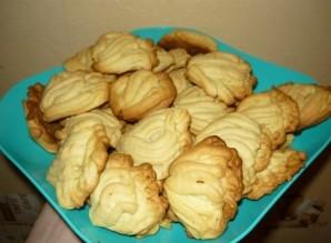 Печенье хризантема через мясорубку - фото шаг 7