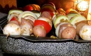 Шашлычки из индейки на шпажках в духовке - фото шаг 8