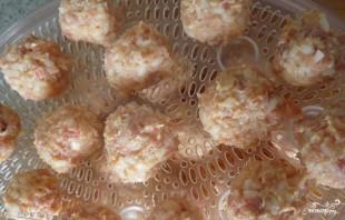Тефтели с рисом на пару - фото шаг 5