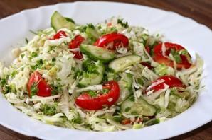 Салат из капусты и зеленого горошка - фото шаг 3