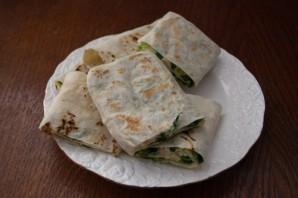 Лаваш с плавленым сыром и зеленью  - фото шаг 8