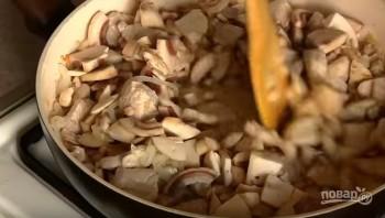 Полтавские галушки в горшочках с мясом и грибами - фото шаг 5