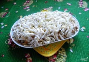 Салат с горбушей горячего копчения - фото шаг 4