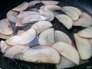 Слойки с яблоками из слоеного бездрожжевого теста - фото шаг 3
