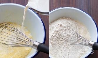 Блинчики тонкие на молоке - фото шаг 2