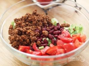 Салат с мясом и фасолью - фото шаг 4