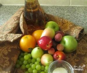 Желе с кусочками фруктов - фото шаг 1