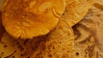 Торт на сковороде со сгущенкой - фото шаг 5