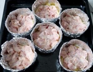 Куриное филе в фольге в духовке - фото шаг 5