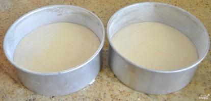 Бисквитный торт с творожной начинкой - фото шаг 2