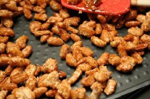 Орехи в карамели - фото шаг 5