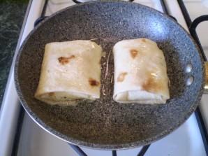 Жареный лаваш с начинкой - фото шаг 7