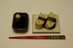 Суши с омлетом - фото шаг 15