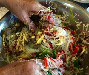 Китайский салат с фунчозой - фото шаг 5