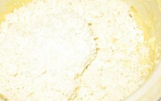 Бисквитное тесто с творогом - фото шаг 4