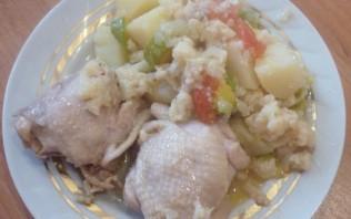 Тушеная курица с цветной капустой - фото шаг 7
